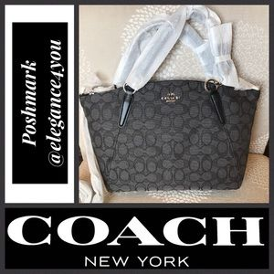 ✨COACH✨Smokey Signature Satchel NEW!